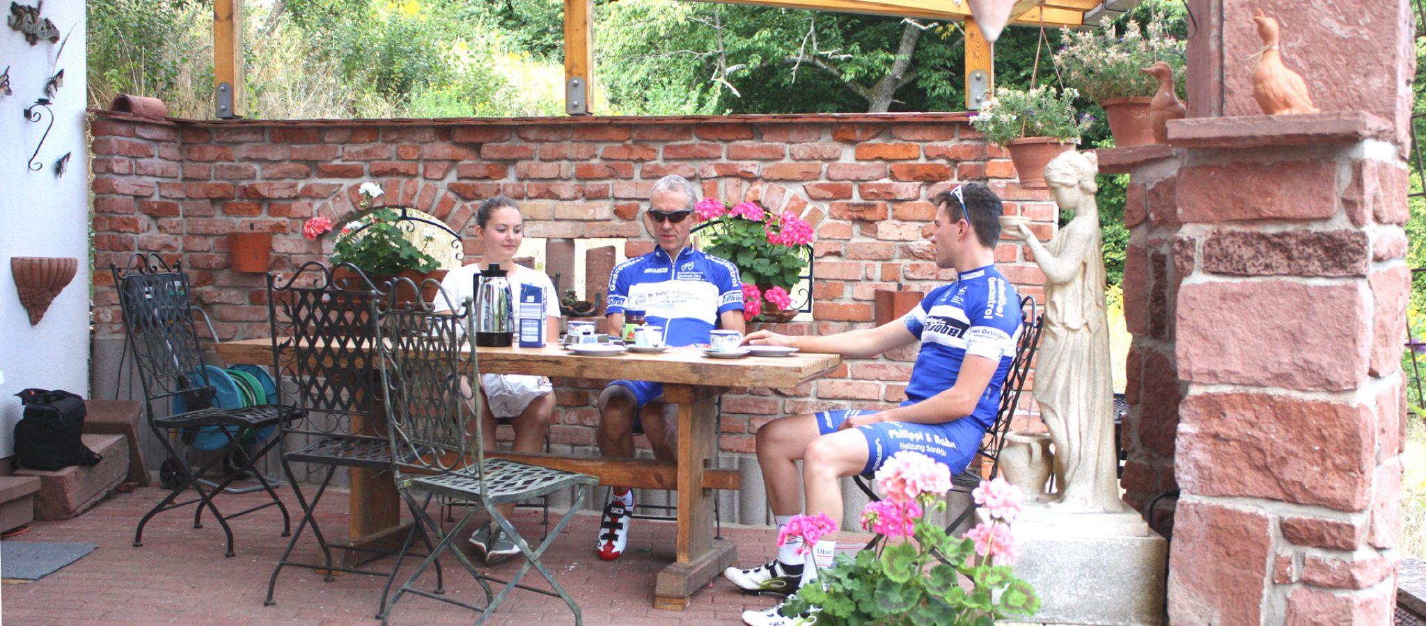 Terrasse mit Personen