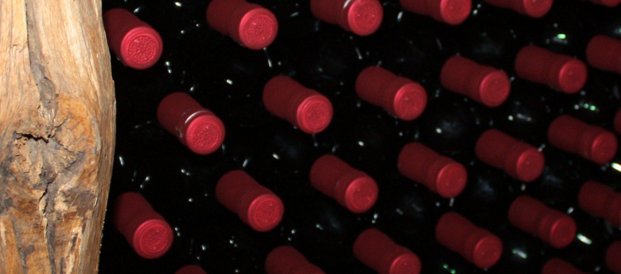 Rotweinflaschen